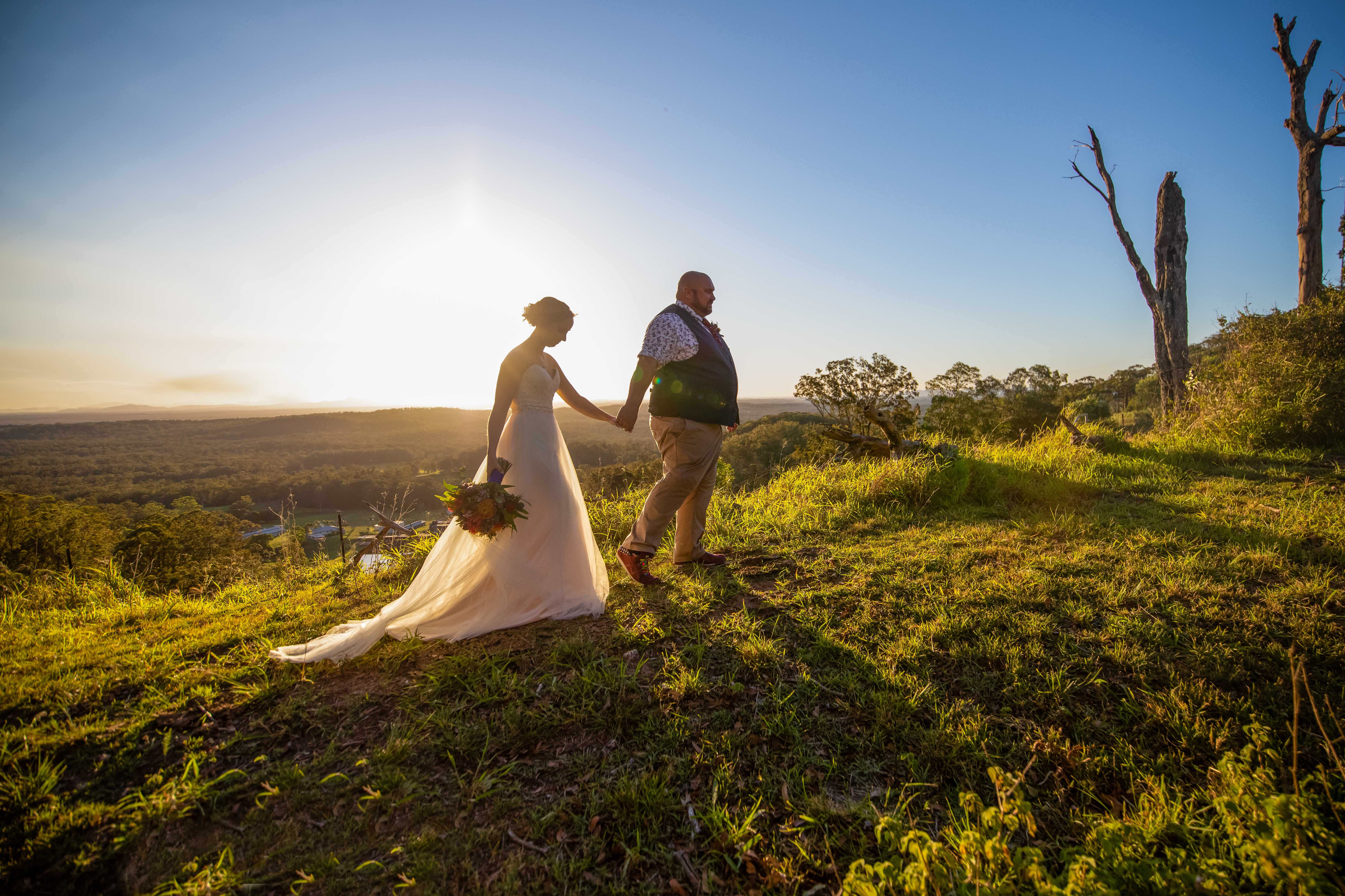 WEDDING - BRIDE - GROOM - SUNSET - WEDDING PHOTO - WEDDING DRESS - DESTINATION PHOTOGRAPHER